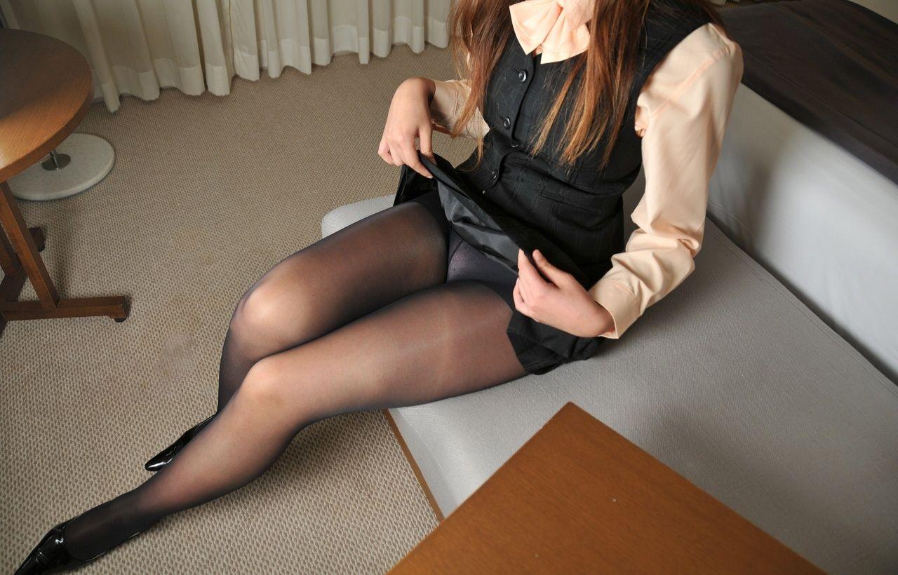 薄黒いパンストを履いた美人OL15脚目【目一杯抜いて!】->画像>1335枚