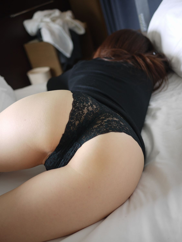 Эротическая женских попок 16 фотография