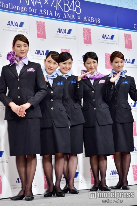 客室乗務員対決JAL対ANAYouTube動画>27本 ->画像>49枚