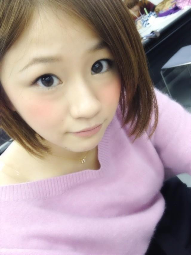 紫服の島田晴香