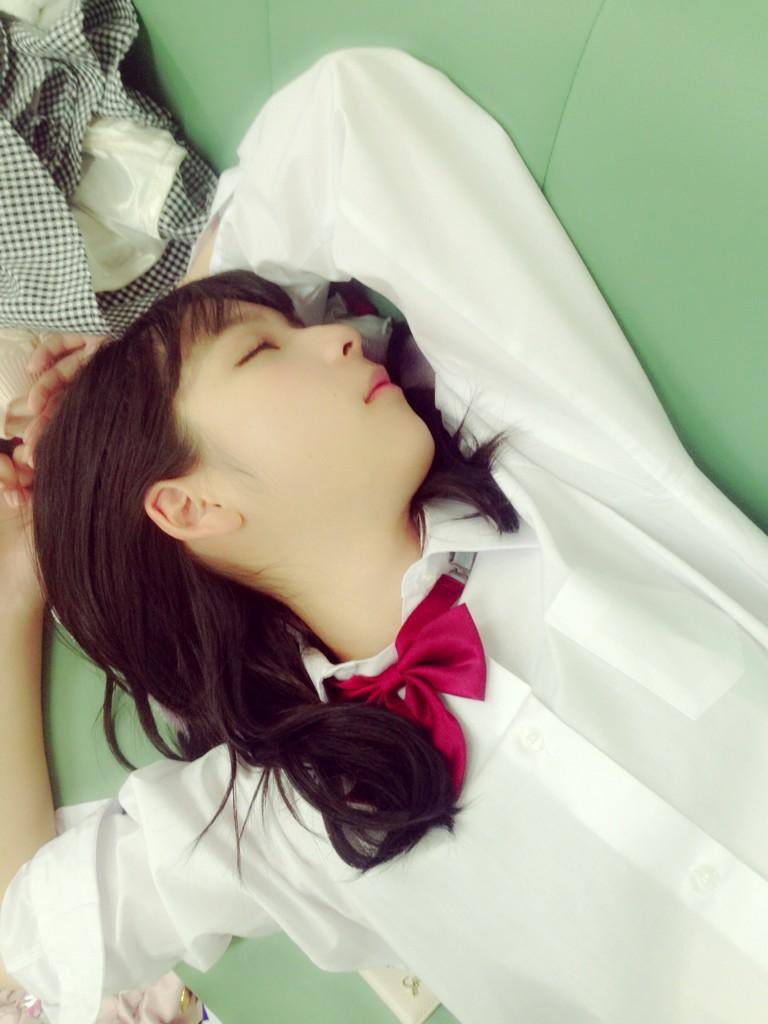 お休み中の松岡菜摘ちゃん