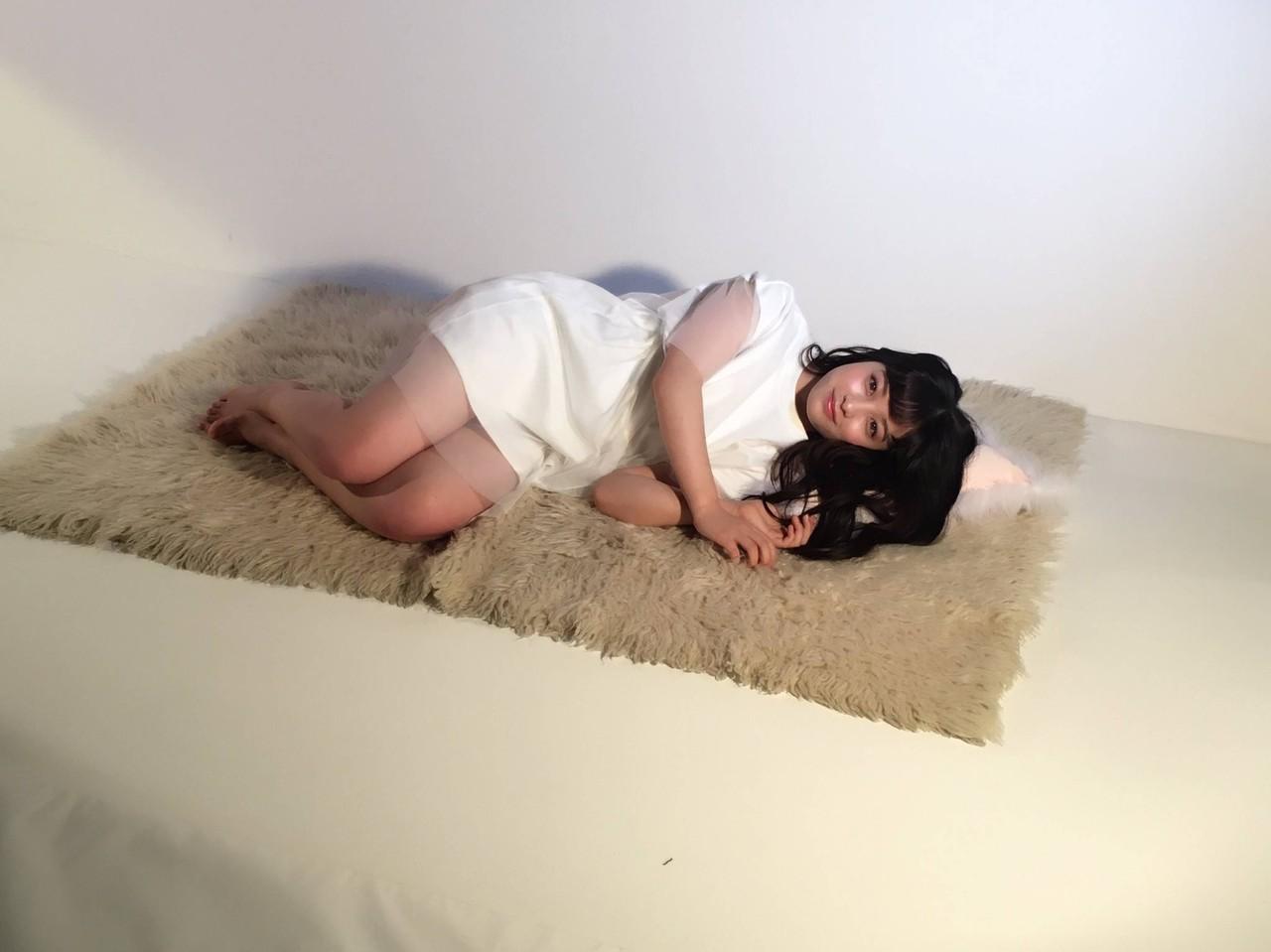 【芸能】<橋本環奈>「天使の背中」を解禁! 初めてのヨガでしなやかな肉体美を披露©2ch.netYouTube動画>2本 ->画像>125枚