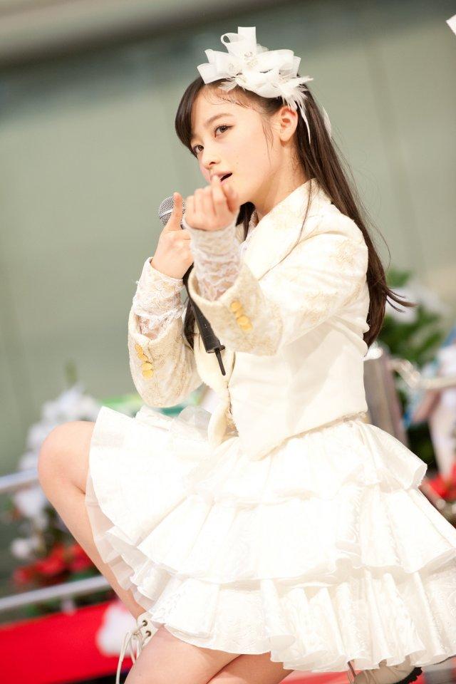 橋本 環 奈 双子 写真